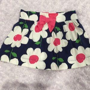 Gymboree girls flowered skirt. Size 5.